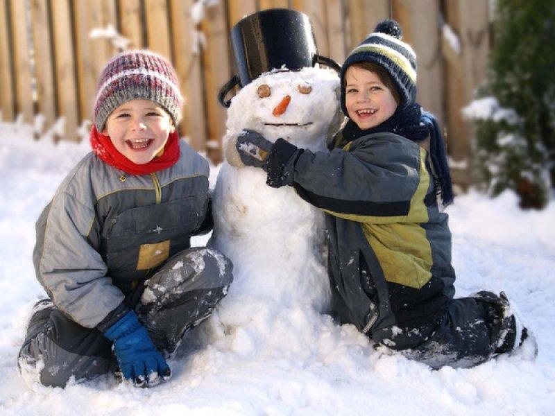 Что нужно успеть сделать зимой? (список затей для детей)