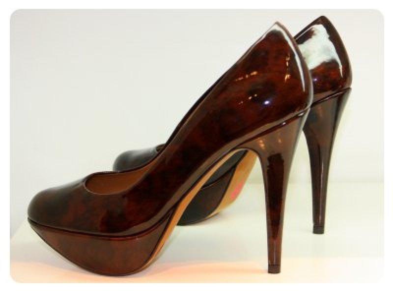 high heels in der schwangerschaft. Black Bedroom Furniture Sets. Home Design Ideas