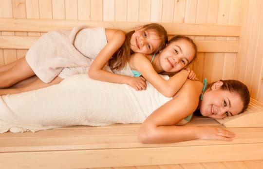 sauna frivol karneval nude