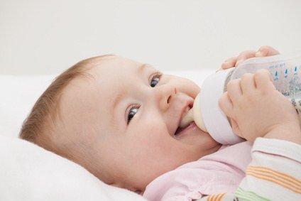 baby-flaschenmilch