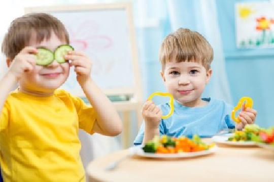 mit-kindern-essen